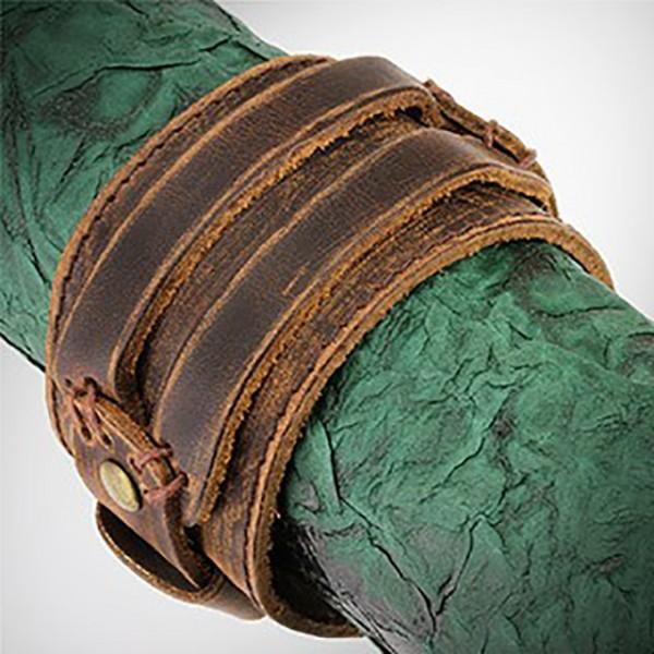Lederarmband Braun Gürteldesign verstellbarer Verschluss