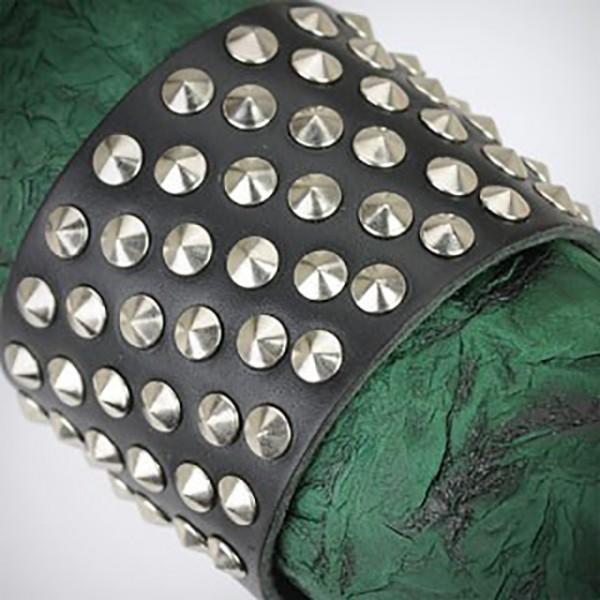 Extra Breites Lederarmband 60 Nieten Schwarz