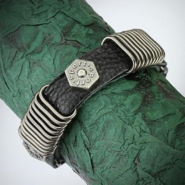 schwarzes Leder Armband mit - Stapler Ringe mit Hexa Schrauben